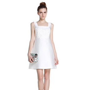ochirly 欧时力 方领花朵纯色A字短款连衣裙+凑单 299元包邮(599-300码)