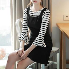减龄显瘦# 左品 韩版修身背心裙+荷叶袖条纹T恤 送T恤 86元包邮