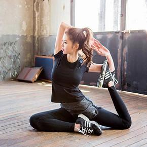 前5分钟半价# 佰丝娜 紧身透气短袖运动健身套装 折24.5元(拍2免1)