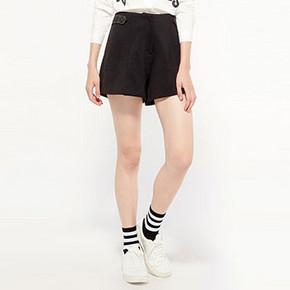 百搭美衣# cachecache 黑色高腰复古休闲短裤 44.9元包邮
