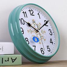 它叫时间# 康巴丝 欧式简约静音石英表 10英寸 19.9元包邮(29.9-10券)