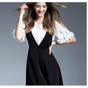 组士邦 蕾丝气质休闲背带裙 两件套 68元包邮(168-100券)