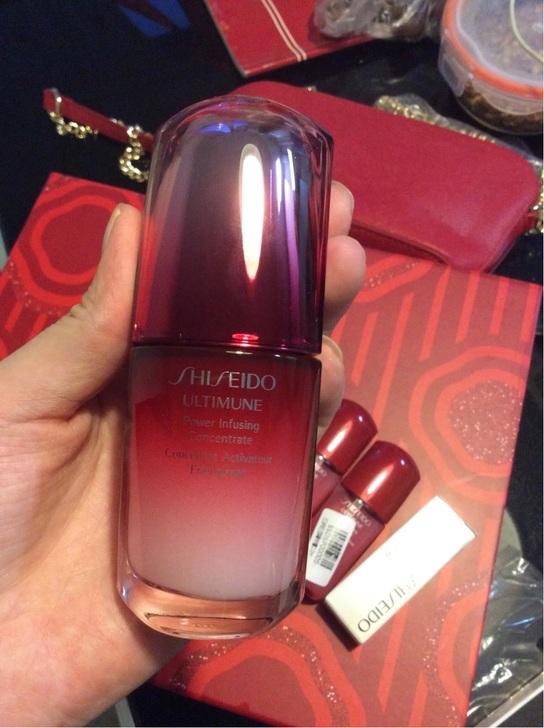 日本Shiseido资生堂红妍肌活精华露30ml
