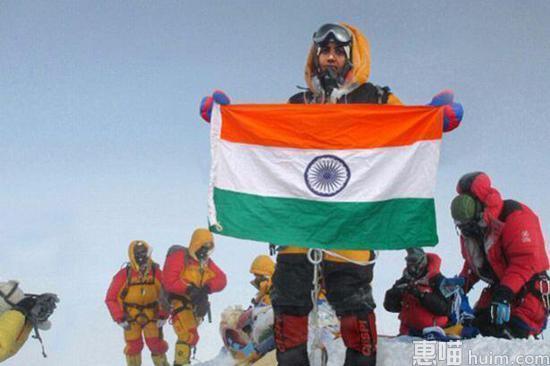 夫妻伪造登珠峰照 尼泊尔开10年登山禁令