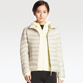 UNIQLO 优衣库 女士高级轻型羽绒夹克 199元