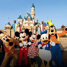 圆你童话梦# 上海迪士尼 春季畅游季卡 3.18惊喜开售