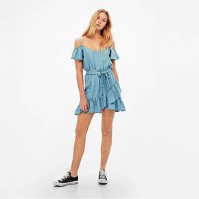 Bershka 夏季新款莱赛尔纤维连身休闲短裤  99元包邮