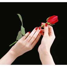素颜女神的护肤日常# 个护系列——护手霜  每一双手都值得被宠爱