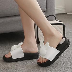 女士夏季松糕厚底坡跟凉拖鞋