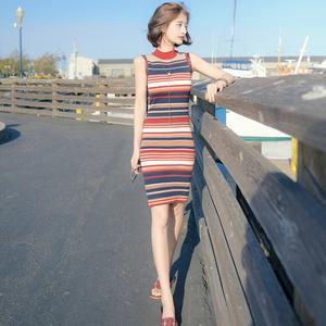 港味复古修身版条纹针织连衣裙
