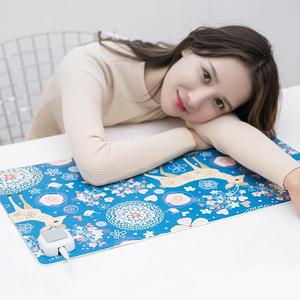 不惧寒冬#长虹 加热保暖桌垫