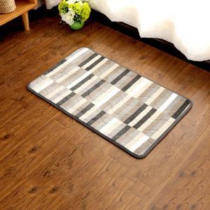 家用绒面吸水防尘防滑地垫