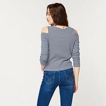 cachecache 时尚条纹露肩T恤 29.9元