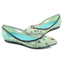 舒适百搭# Crocs 卡骆驰 芮欧豹纹平底鞋 129元